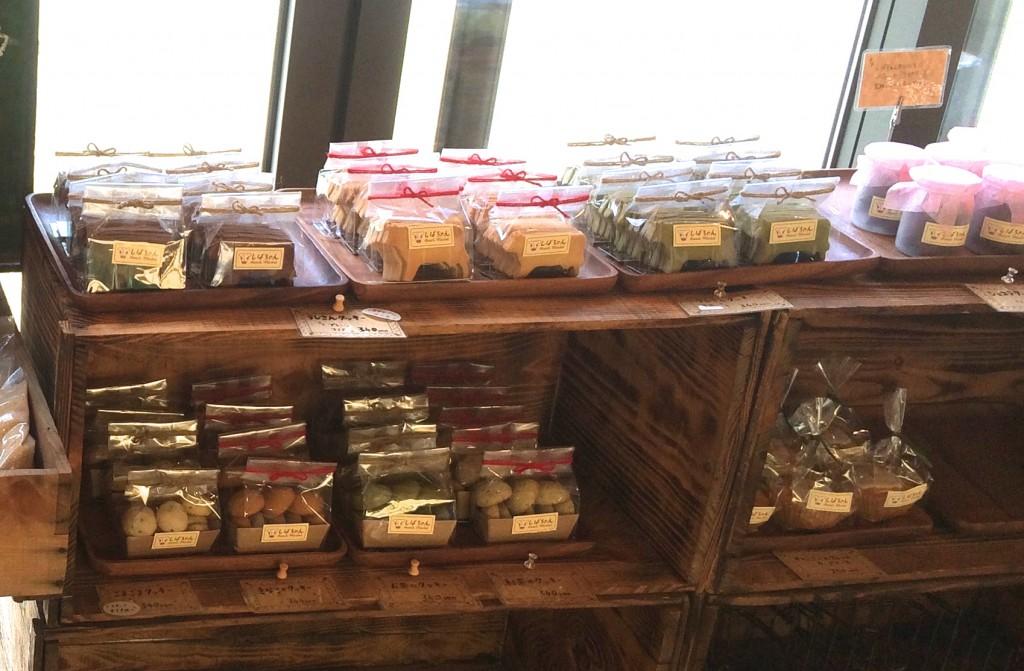 芝ちゃんちの店内クッキー売り場