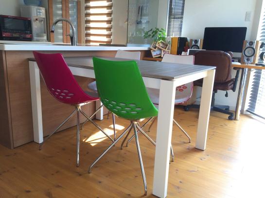 カリガリス 椅子