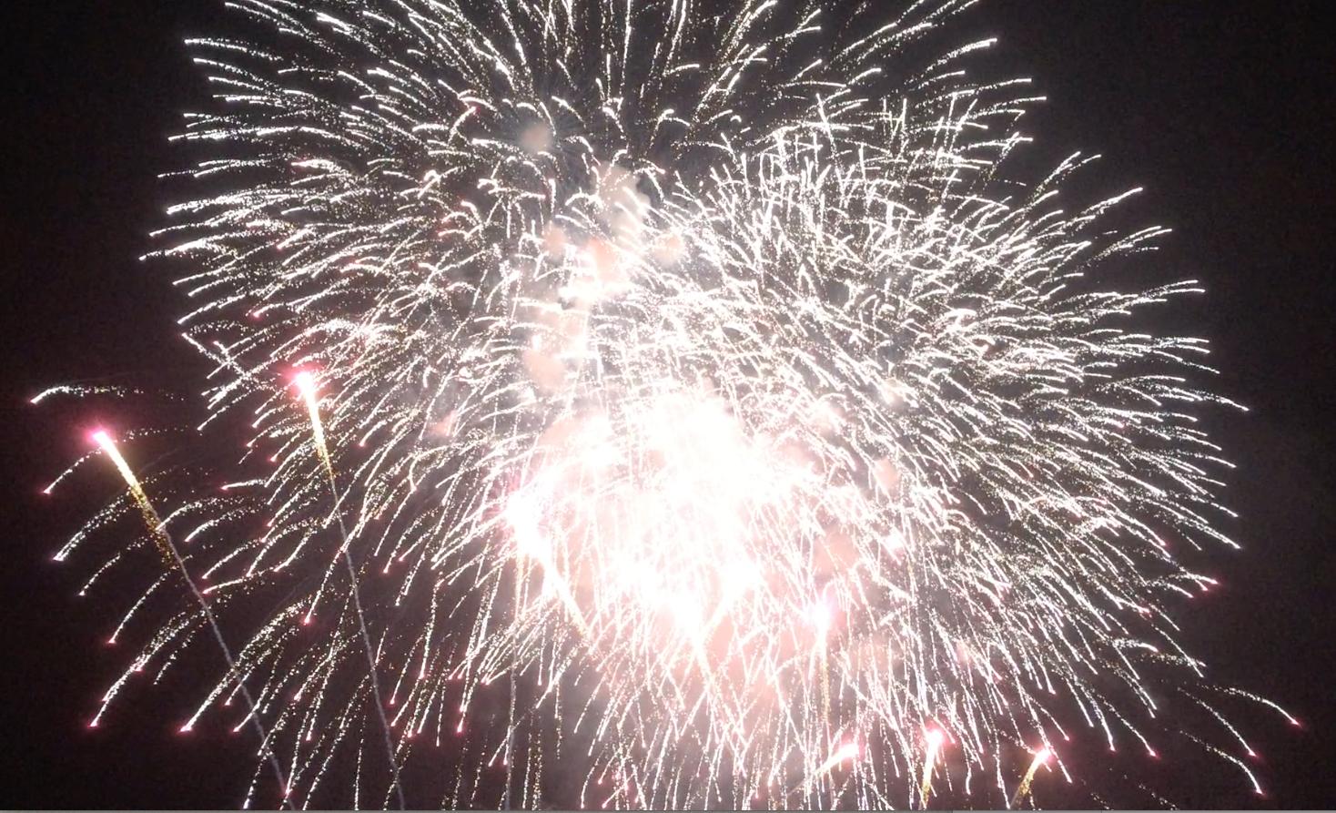 安倍川の花火大会2015、大スターマイン動画撮ってきた